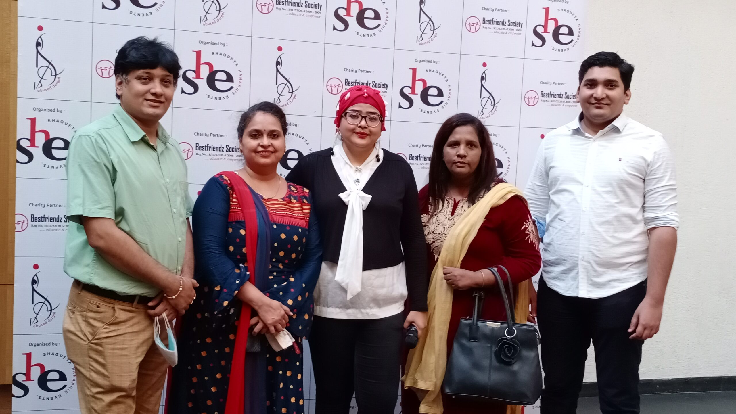 """'SHE' in association with 'Best Friends Society'  launched """"Abused Durga"""" Calendar"""
