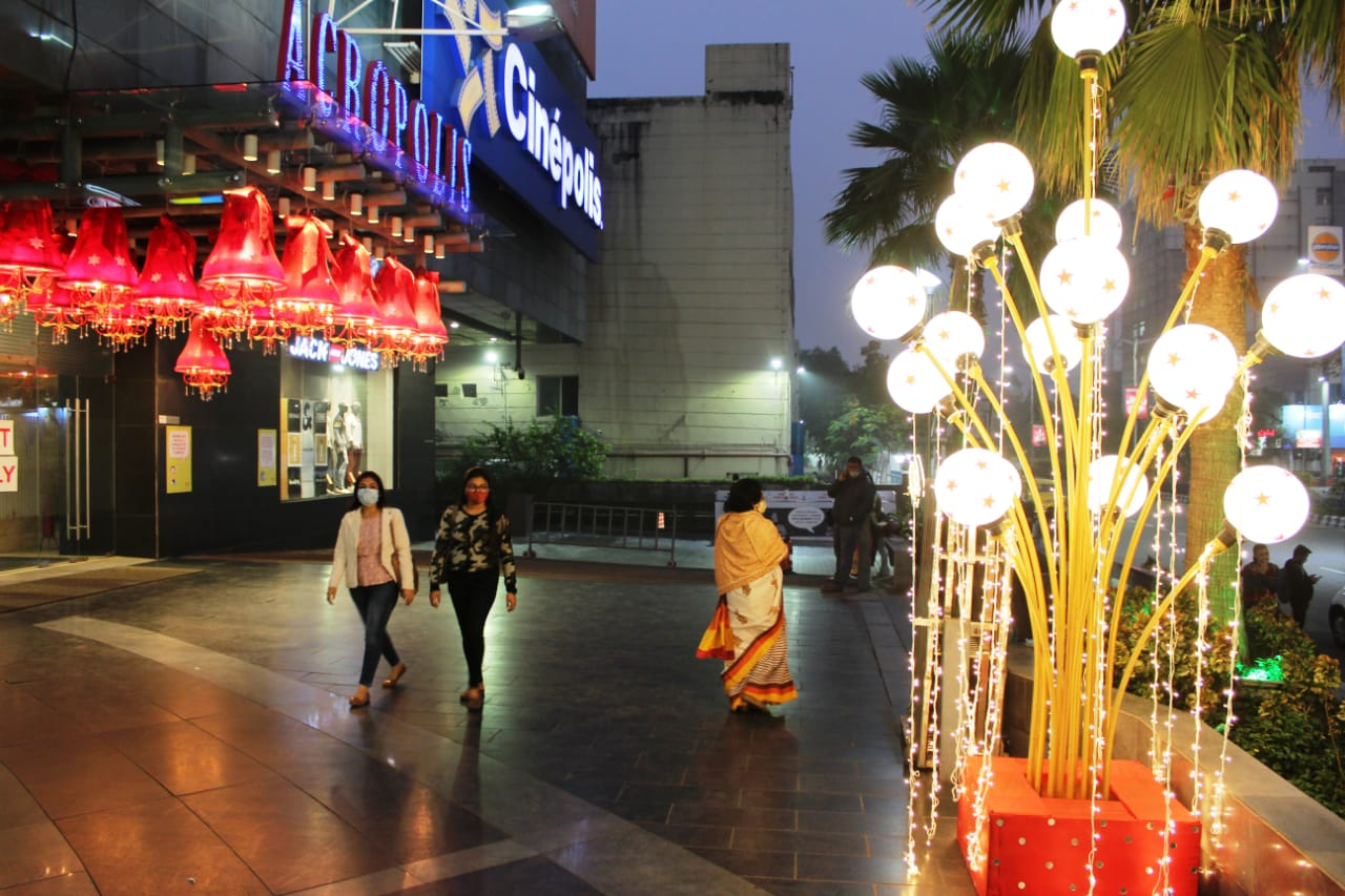 Acropolis Mall Invites Guests to Soak in the Yuletide Spirit