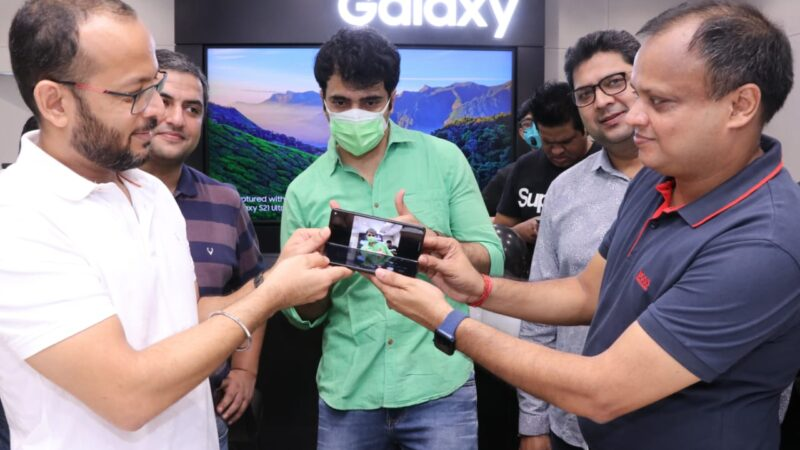 Samsung opened a new Brand Store at Acropolis Mall